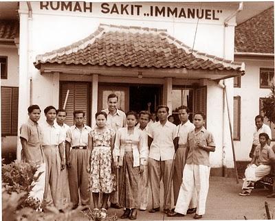 Kunjungan kepada murid Kal-Teng di RS Imanuel di Bandung
